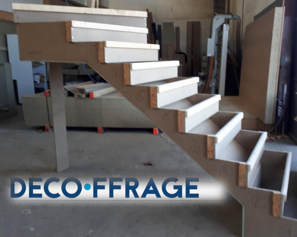 Bureau D Étude Béton Marseille conception d'un coffrage d'escaliers en béton sur-mesure à